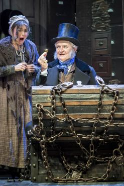 Jim Broadbent and Samantha Spiro in A Christmas Carol. Credit Johan Persson.jpg