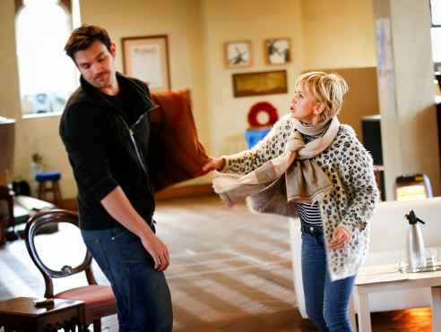 Sam Attwater and Lisa Maxwell in rehearsals for End of the Rainbow. Photo Credit Pamela Raith Photography