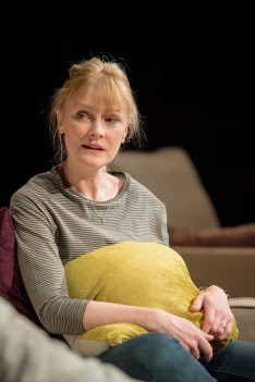 Claire Skinner (Becca) in Rabbit Hole at Hampstead Theatre. Photos by Manuel Harlan.